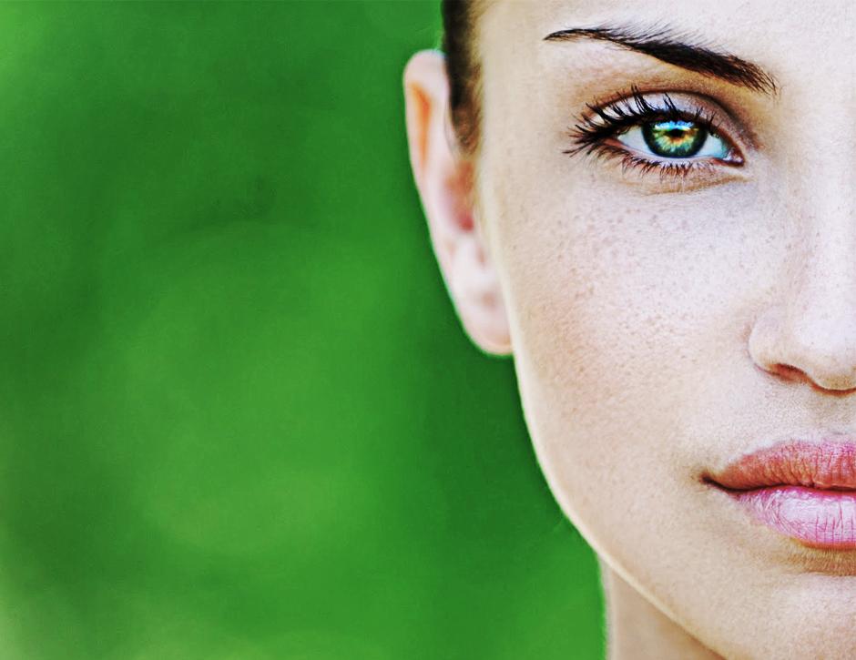 lente de contato verde