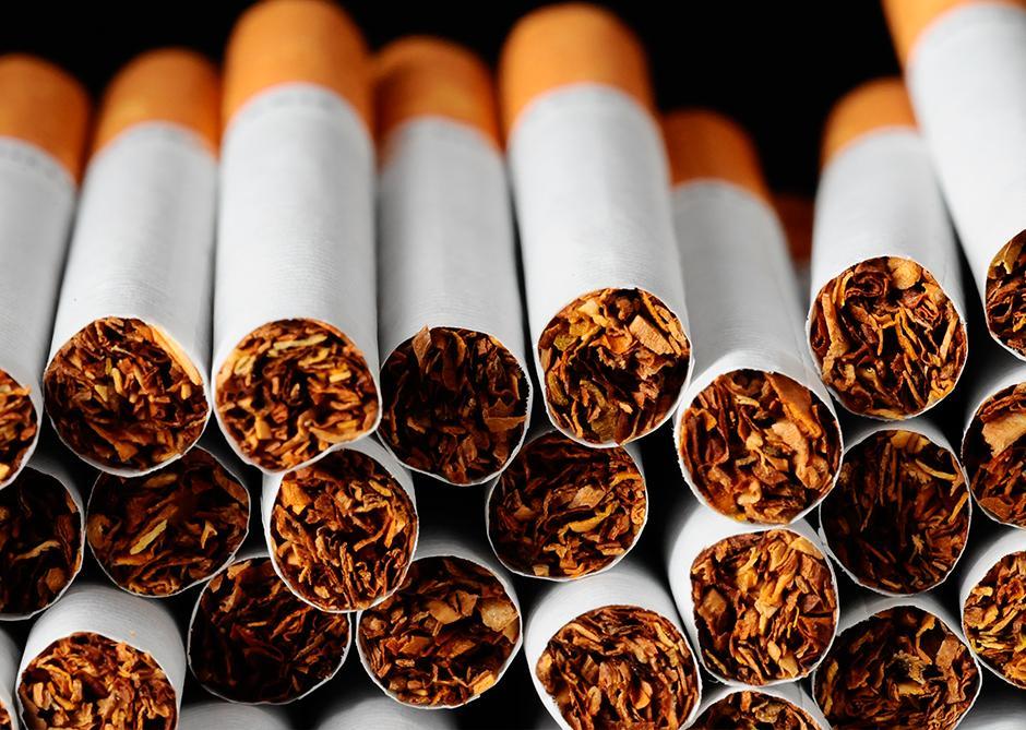 Fumar-faz-mal-para-os-olhos-003-thumb-blog