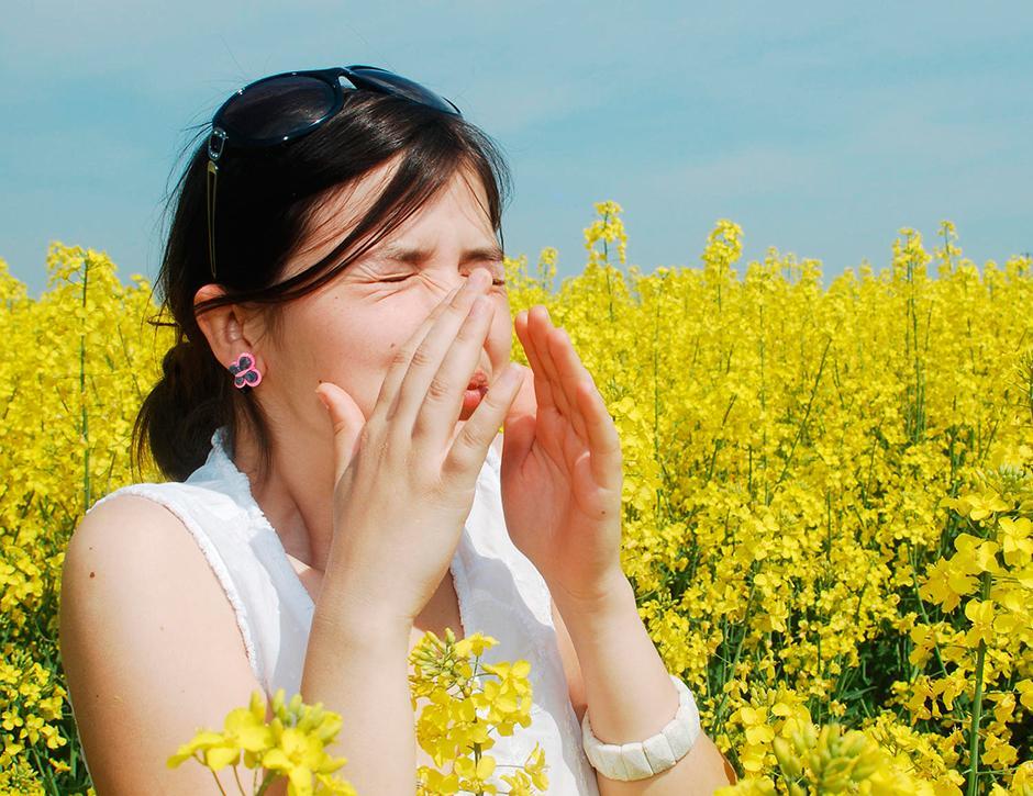 cuidado-com-a-conjuntivite-alérgica-na-primavera-004-thumb
