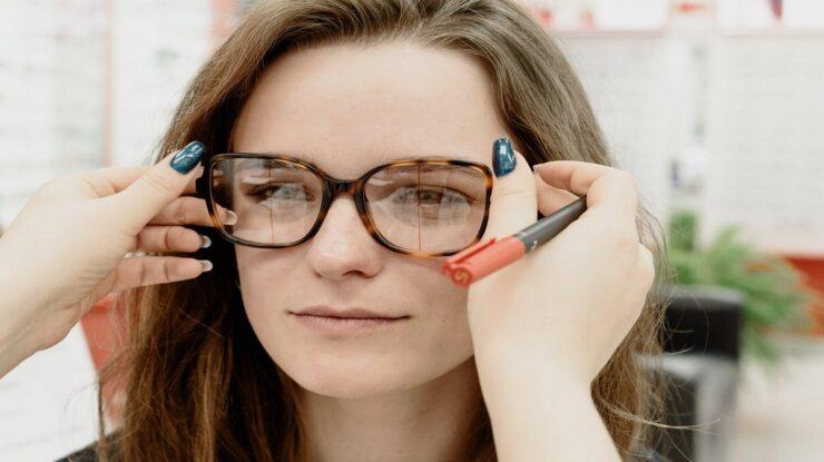 oftalmologista ou oculista